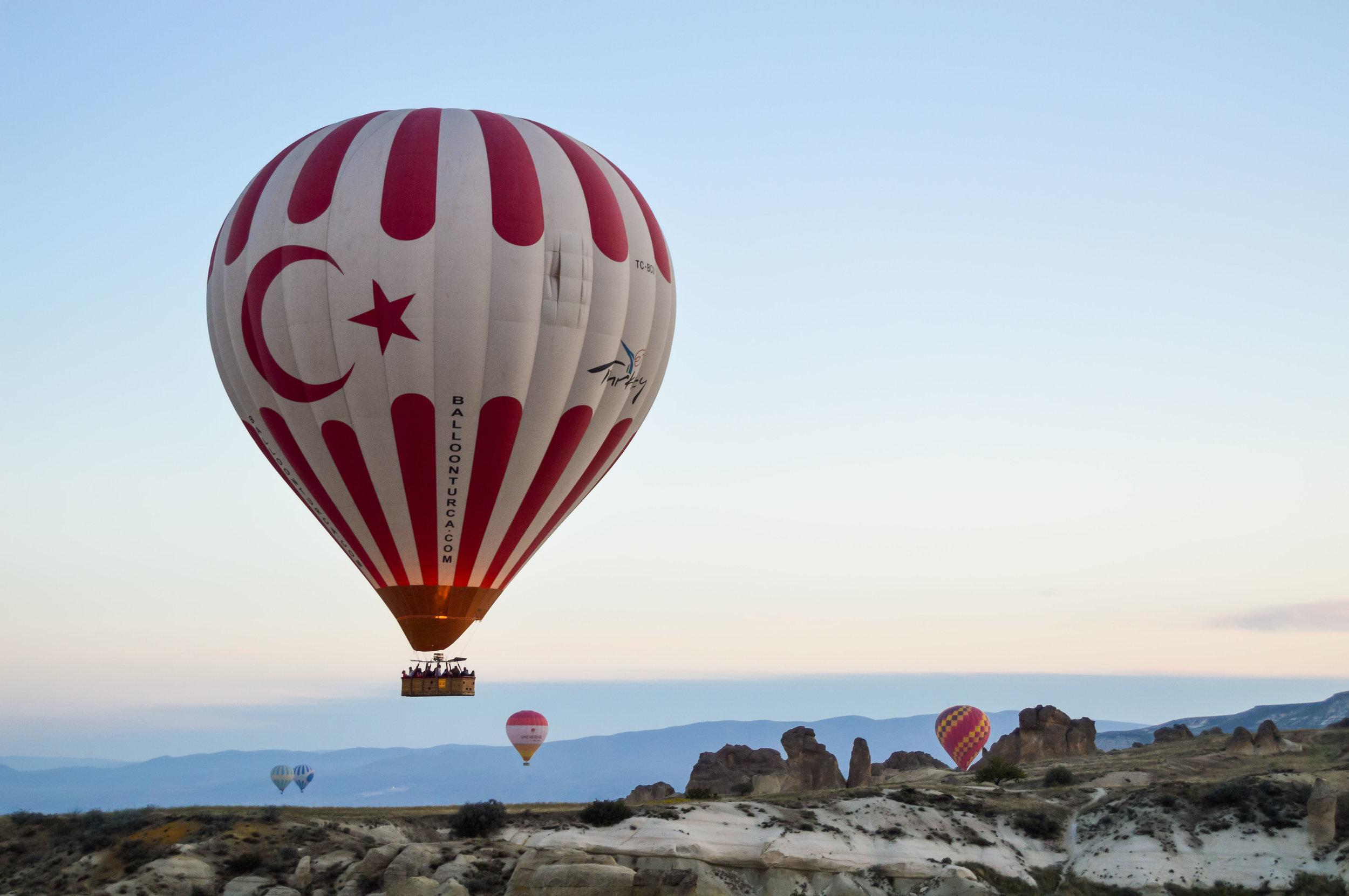 Hot Air Balloons Skyline Sunset Blue Sky Turkey Cappadocia Anatolia Göreme Desert Arid