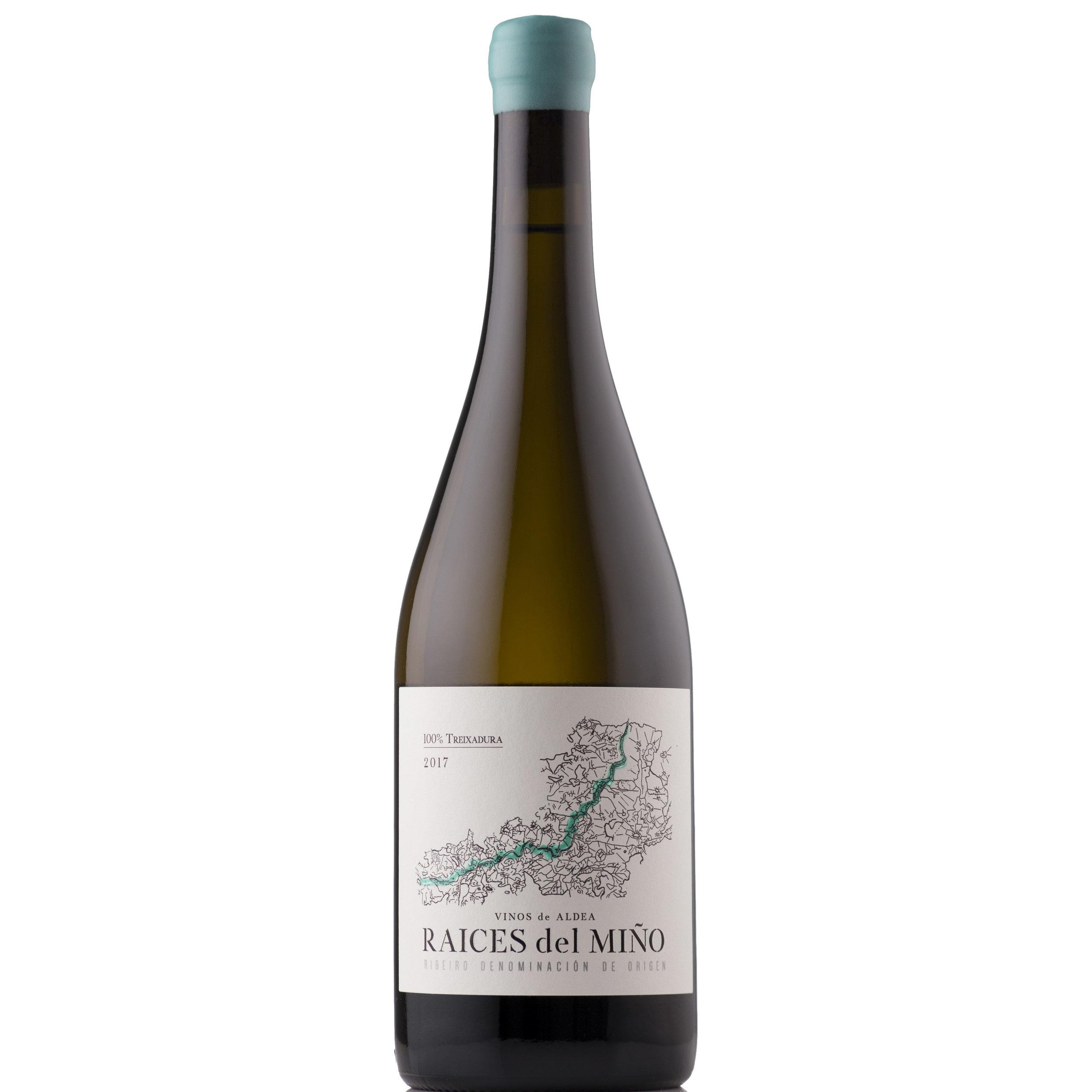 Raíces del Miño Treixadura 2017 – D.O. Ribeiro - La cepa blanca emblemática del RibeiroPartida: 3860 botellas (1512 disponibles en Argentina).Precio: $1500