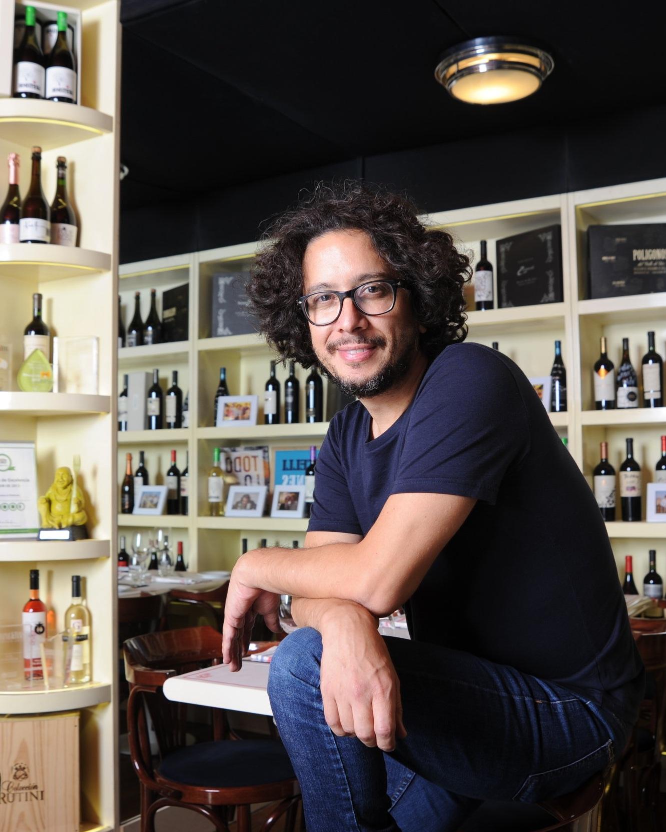 """""""Si bien vamos sumando novedades, mantenemos el espíritu con el cual lo soñamos: ofrecer una guía simple, sencilla y completa para ayudar al consumidor a la hora de elegir un vino"""" - Aldo Graziani, alma matter del libro."""