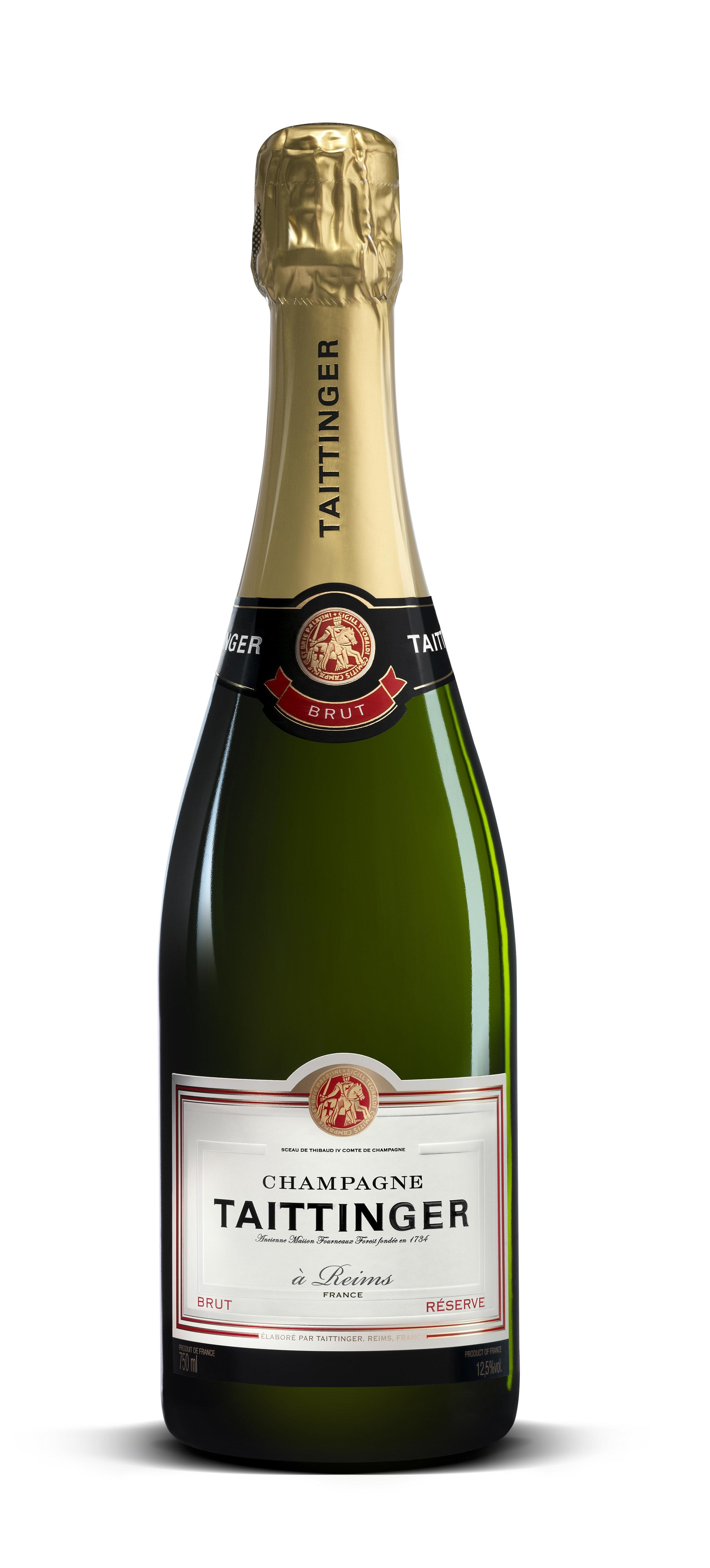 """TAITTINGER BRUT RÉSERVE - """"Taittinger Brut Reserva es el champagne de todos los momentos. Vino y símbolo festivo, es el acompañante privilegiado de la felicidad y participa en los momentos hermosos de la vida"""".""""En Taittinger decimos que el honor de una casa radica en la calidad de su champaña no vintage. Es por esta razón que Taittinger hace un Brut Réserve cada año cuya calidad ofrece una consistencia absoluta, y que es reconocida en todo el mundo"""" afirma Clovis Taittinger.Está compuesto por un 40% de Chardonnay y un 60% de Pinot Noir y Pinot Meunier, que proceden de más de 35 viñedos diferentes y de varias vendimias perfectamente llevadas a maduración.Está fuerte proporción de Chardonnay, única entre los grandes champañas sin añada, así como una crianza mínima de tres años en bodega, donde alcanza su plena madurez aromática, hacen de Taittinger Brut Réserve un champagne muy equilibrado, cuya calidad, de una constancia absoluta, es reconocida en el mundo entero.El Champagne Taittinger se siente honrado de concebir así un Brut sin añada excepcional.La capa es brillante, de color amarillo pajizo dorado. Las burbujas son finas. La espuma es discreta y persistente. La nariz, muy expresiva y abierta, es a la vez afrutada y abriochada. Despide aromas de melocotón, de flores blancas (espino blanco, acacia) y de vaina de vainilla. La entrada en boca es viva, fresca, armoniosa. Se expresan luego delicadamente sabores de frutas y de miel. Brut Réserve que adquiere toda su madurez en el transcurso de los tres a cuatro años de crianza en bodega, dispone de un potencial aromático desarrollado.Precio sugerido: $ 4.140"""