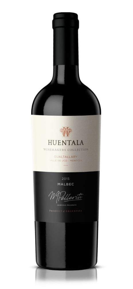 Huentala Winemakers Collection Marcelo Pelleriti Malbec 2015 - NOTAS DE CATADe color rojo profundo, con destellos violetas. Su aroma remite a notas de frutos rojos y se destaca la ciruela. En boca es un vino fresco, complejo y sumamente frutado. Sus taninos son elegantes y amables. Es un vino frutado, equilibrado y persistente.FICHA TÉCNICAVARIETAL: MalbecENÓLOGO: Marcelo PelleritiCOSECHA: Abril 2015.MACERACIÓN EN FRÍO: 3 días a 11°C.FERMENTACIÓN: Levaduras seleccionadas activas, 12 días a una temperatura entre 26 y 28°C.MACERACIÓN POSTFERMENTATIVA: 8 días en contacto.FERMENTACIÓN MALOLÁCTICA: 100% natural.CRIANZA: 15 meses en barrica de roble francés de primer uso, y 18 meses en botella.APELACIÓN: Finca Huentala Wines - Gualtallary - Valle de Uco - Mendoza - Argentina.SUELO: De origen aluvional, pedregoso, con formaciones calcáreas a una profundidad de 0,70 / 1,00 mts., muy permeable, con pendiente de Oeste a Este en el cono aluvional del Río Las Tunas.ALTURA: 1.400 mts. sobre el nivel del mar.CLIMA: Inviernos fríos, primaveras templadas, veranos cálidos y secos; con una amplitud térmica muy diferenciada entre el día y la noche, generando un microclima ideal para cultivar vinos tintos estructurados, largos y persistentes.
