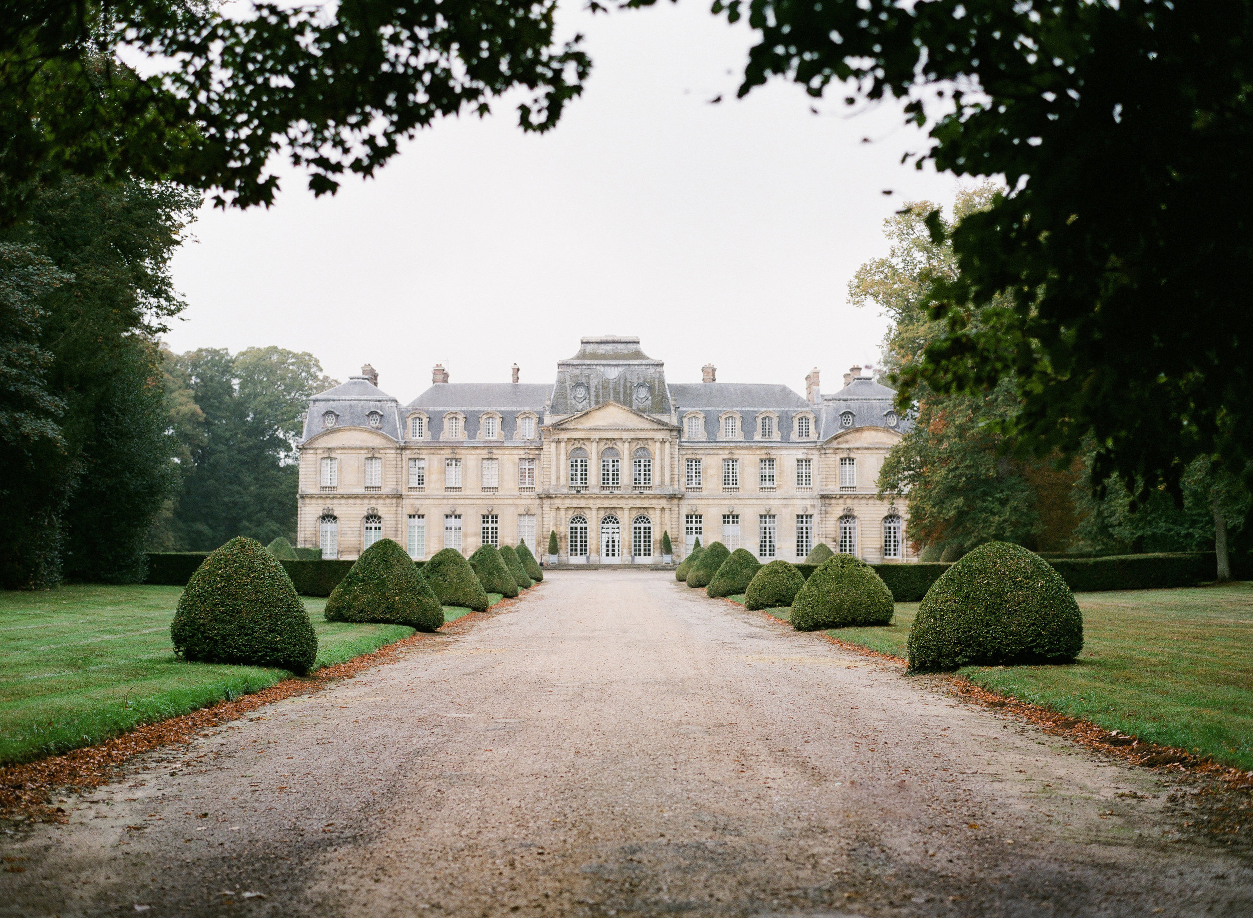 idyll-stories-france-chateau (5).jpg