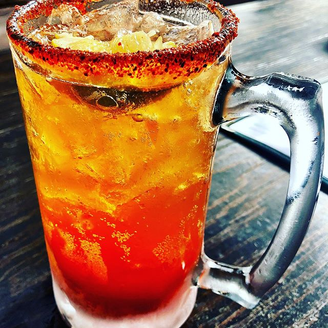 Mi Michelada! Dusted rim of Chile and lime- Light Mexican beer, splash of Clamato and lime  Eee-ho-lay!  @corona @tecate @michelobultra @amdiabetesassn @amazon @thelisaekusgroup @kviatv @lascrucesmagazine @texasmonthly  www.kelleycoffeen.com😍  #tacos #shrimp #fresh  #healthyfood #cook  #tacotuesday #recipes #diabetes #breakfast #cookbook #texas #texmex #fiesta  #texas #mexicanfood  #healthyeating  #instagram #instagood #instafood #food #salsa #cooking #friends #beer #lowcarb #saturday