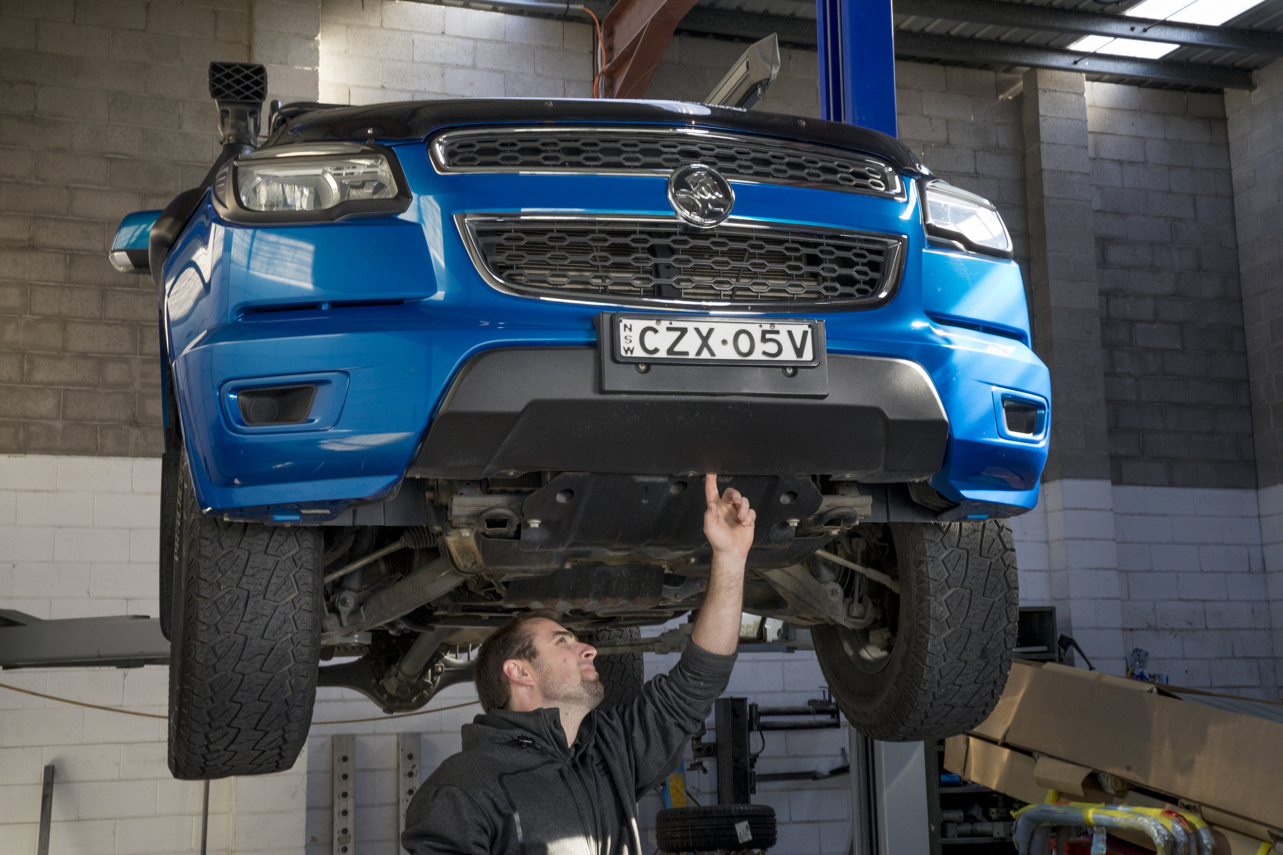 4 WHEEL DRIVE SPECIALIST - We are equipped with a dedicated state of the art heavy duty European 4WD Auto Body Alignment System.Most alignment systems are only made for cars, but our system has the genuine capacity to deliver repairs to all 4WD and light trucks that meet exacting manufacturer's specifications. Click here for your FREE QUOTE