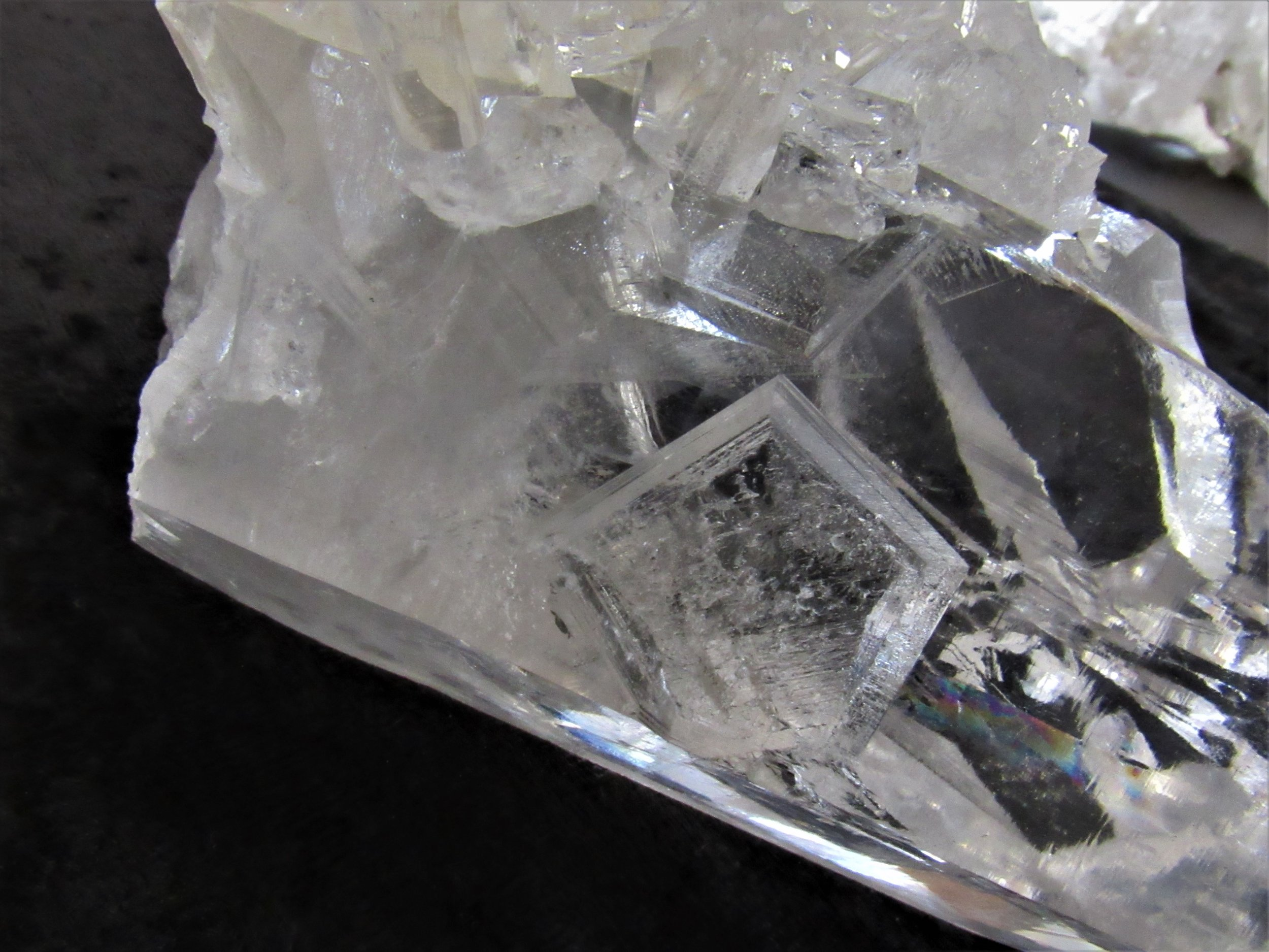 Key - Indentations that narrow as they penetrate the crystal, which usually have 3-6 sides.