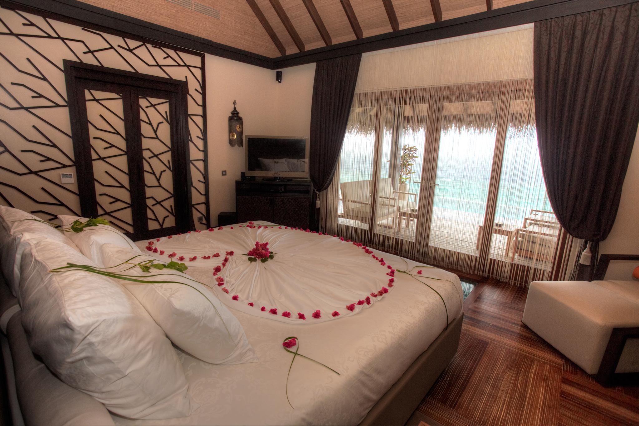 Ayada Maldives Villas ROYAL OCEAN SUITE (1).jpg
