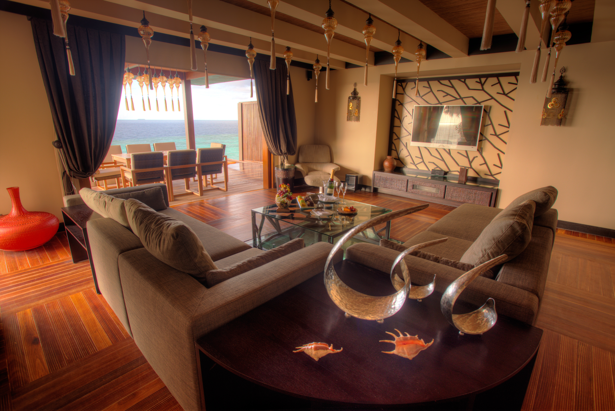Ayada Maldives Villas ROYAL OCEAN SUITE (2).jpg