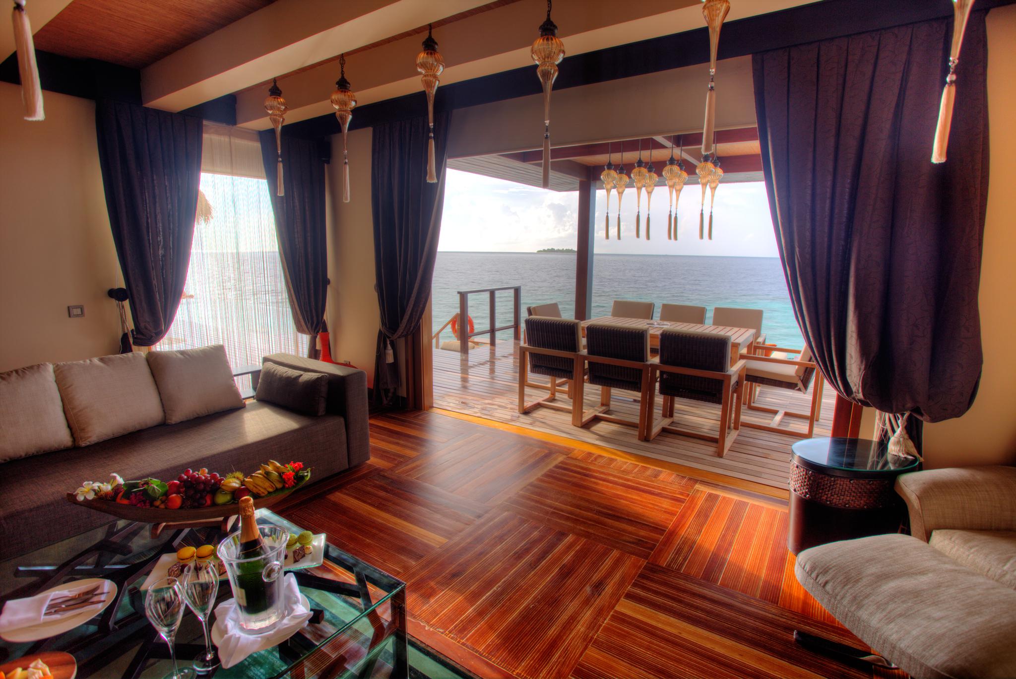 Ayada Maldives Villas ROYAL OCEAN SUITE (3).jpg