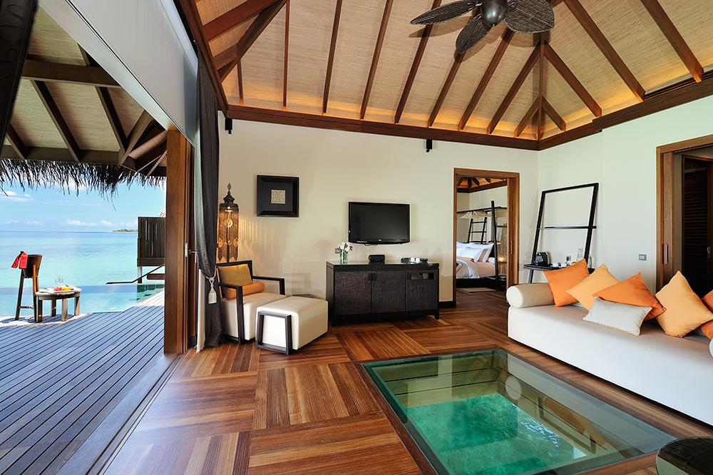 Ayada Maldives villas SUNSET OCEAN SUITE (4).jpg