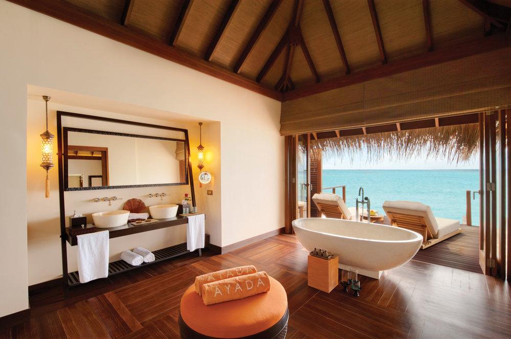Ayada+Maldives+villas+OCEAN+VILLA+bathroom.jpg