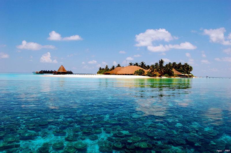 maldives-clear-water.jpg