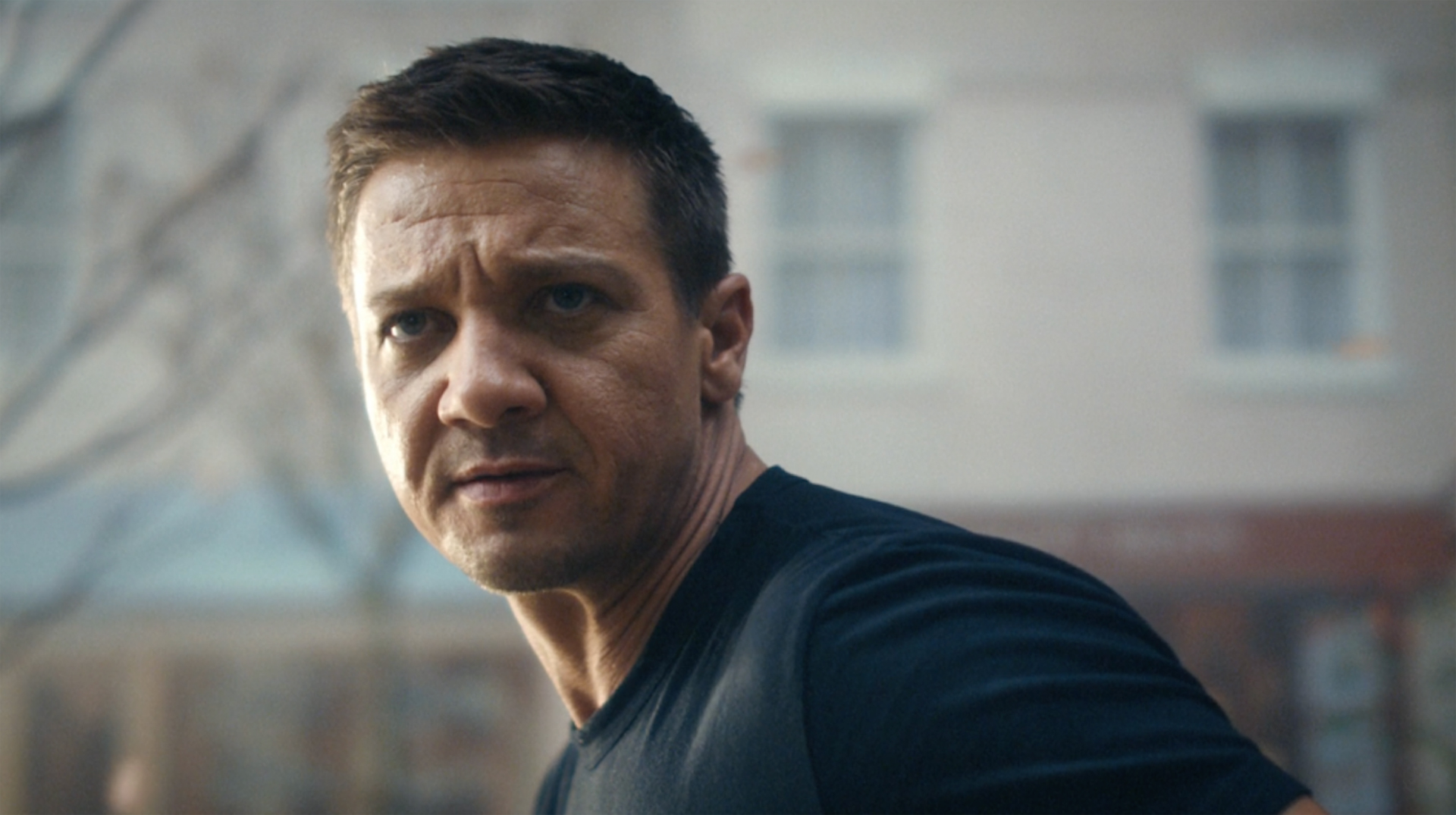 BT Mobile - Jeremy Renner, behind the scenes