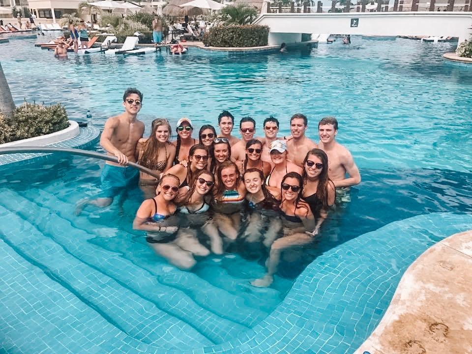 Cancun 3.jpg