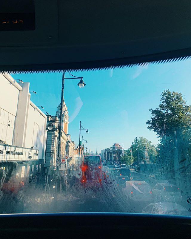 Condensation. London up ahead ..... 💥 #busview #london #goodmorning #brixton #iphonephotos