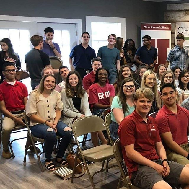 Freshman Sunday this week mixed with a little rain brought us a packed College House! It is great to have students back in town and to see both old and new faces!