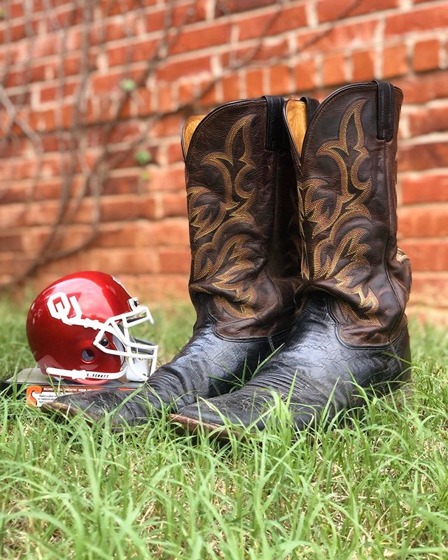Who's ready to BOOT the Jayhawks?? WHEN? Tomorrow night 8-9:30pm! WHERE? The backyard of the Parsonage at Paradigm Church! WHAT?? Country dancing, bonfire, s'mores, games, and a whole lotta fun! See y'all tomorrow!!