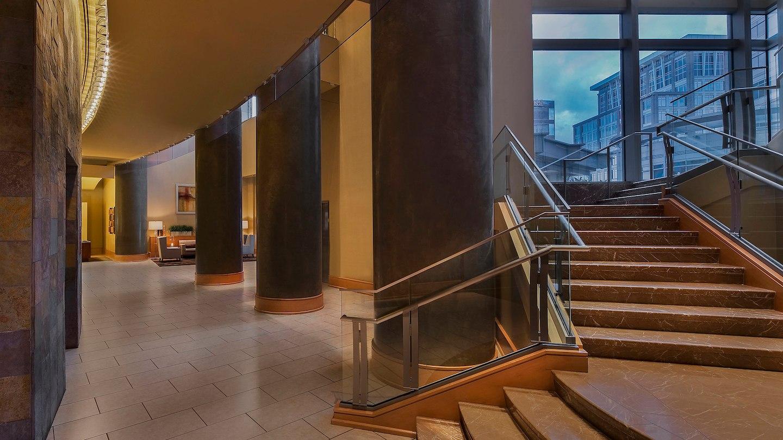 wasag-lobby-4908-hor-wide.jpg