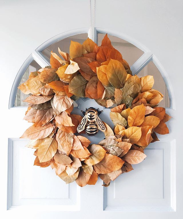 The best things in life are fall-themed and $12.99 from @traderjoes 🍂🍁 #fallwreath #happyfallyall #naturalwreath