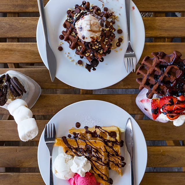Breakfast of champions! Or simply a feast for those who want to indulge. Vegan waffles for a cold winter's day? We think yes. Oh and if you come in on a Tuesday, they are 40% off! • • • • • #perthvegan #vegansofperth #vegansofaustralia #vegansofig #waffles #wafflesperth #desserts #dessertsperth #gelatoperth #perthgelato #perthgelatobar #perthdessertbar #perthveganeats