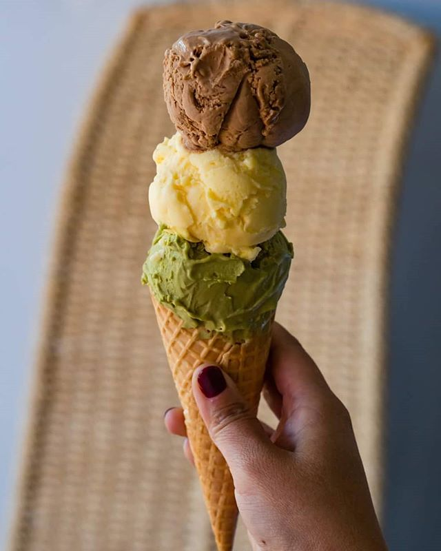 Wow we are definitely blessed with some amazing sunshine today. Time for some gelato! Come grab a scoop, or three, we won't judge 😉 • • • •  #vegansofperth #vegansofaustralia #vegansofig #desserts #dessertsperth #gelatoperth #perthgelato #perthgelatobar #perthvegangelato #perthveganicecream #perthdessertbar #perthveganeats