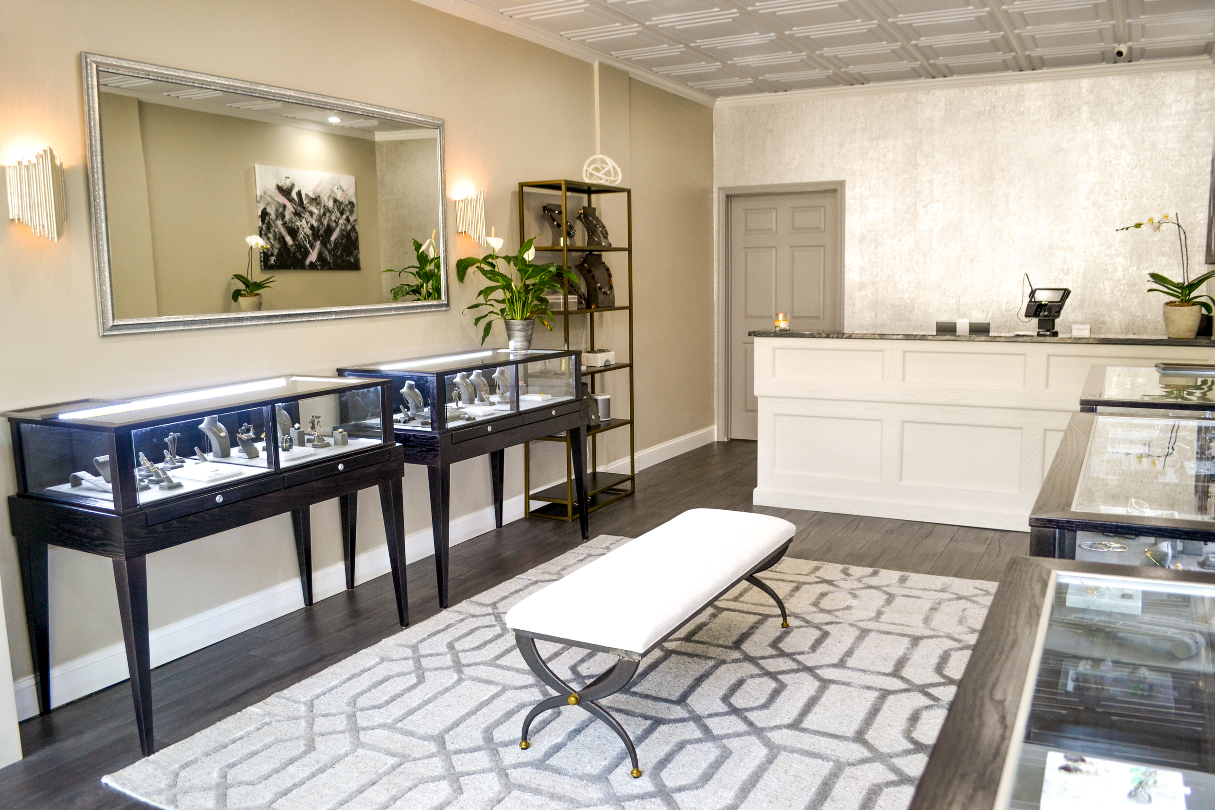 Vincent's Fine Jewelry - We are a full-service store that offers bridal consultations, custom designed pieces, and expert repairs. We look forward to working with you!Vincents Fine Jewelry227 Fifth Avenue, Pelham, NY 10803(914) 235-5000info@vincents-ny.com