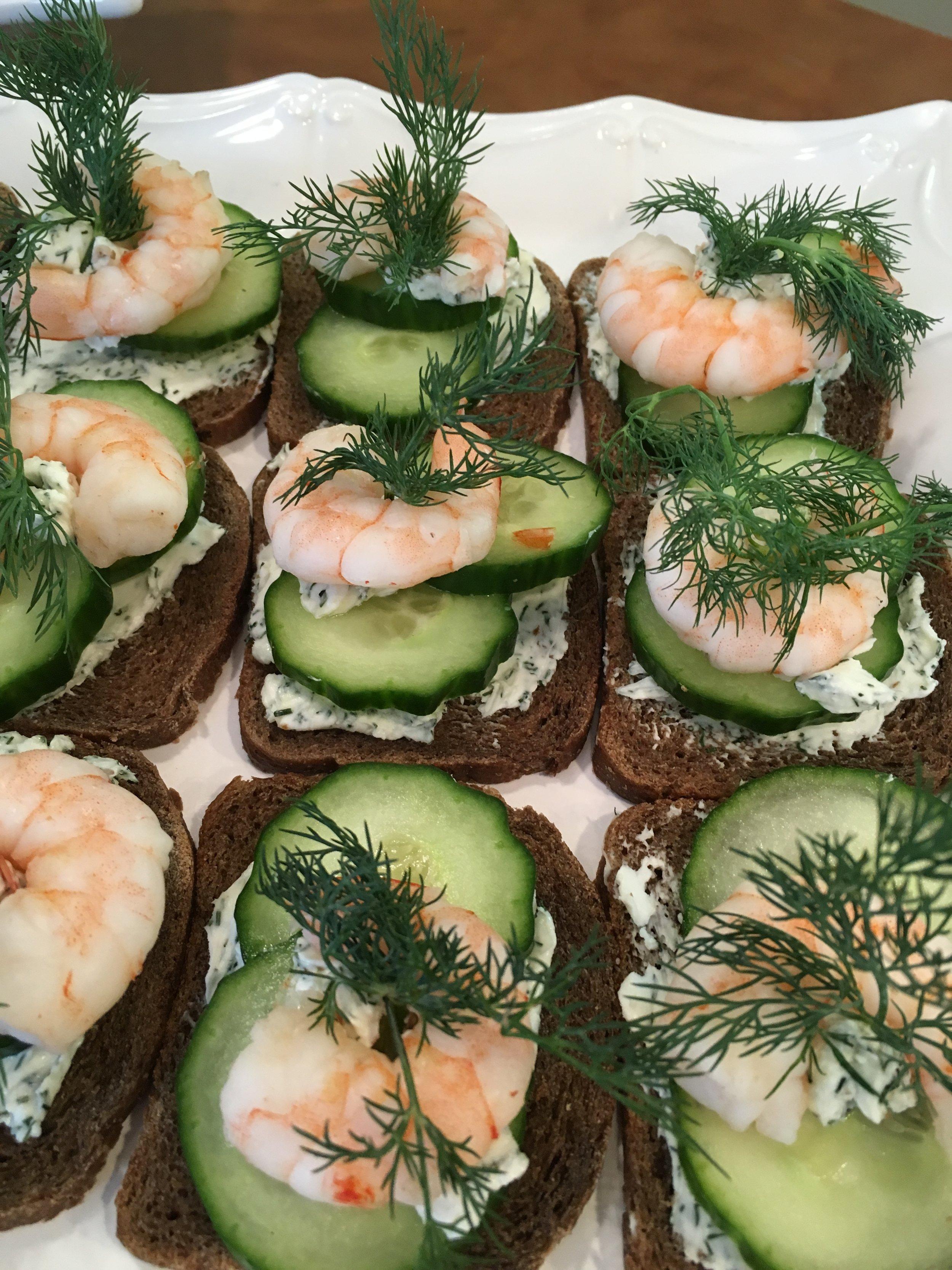 shrimp canapes.JPG