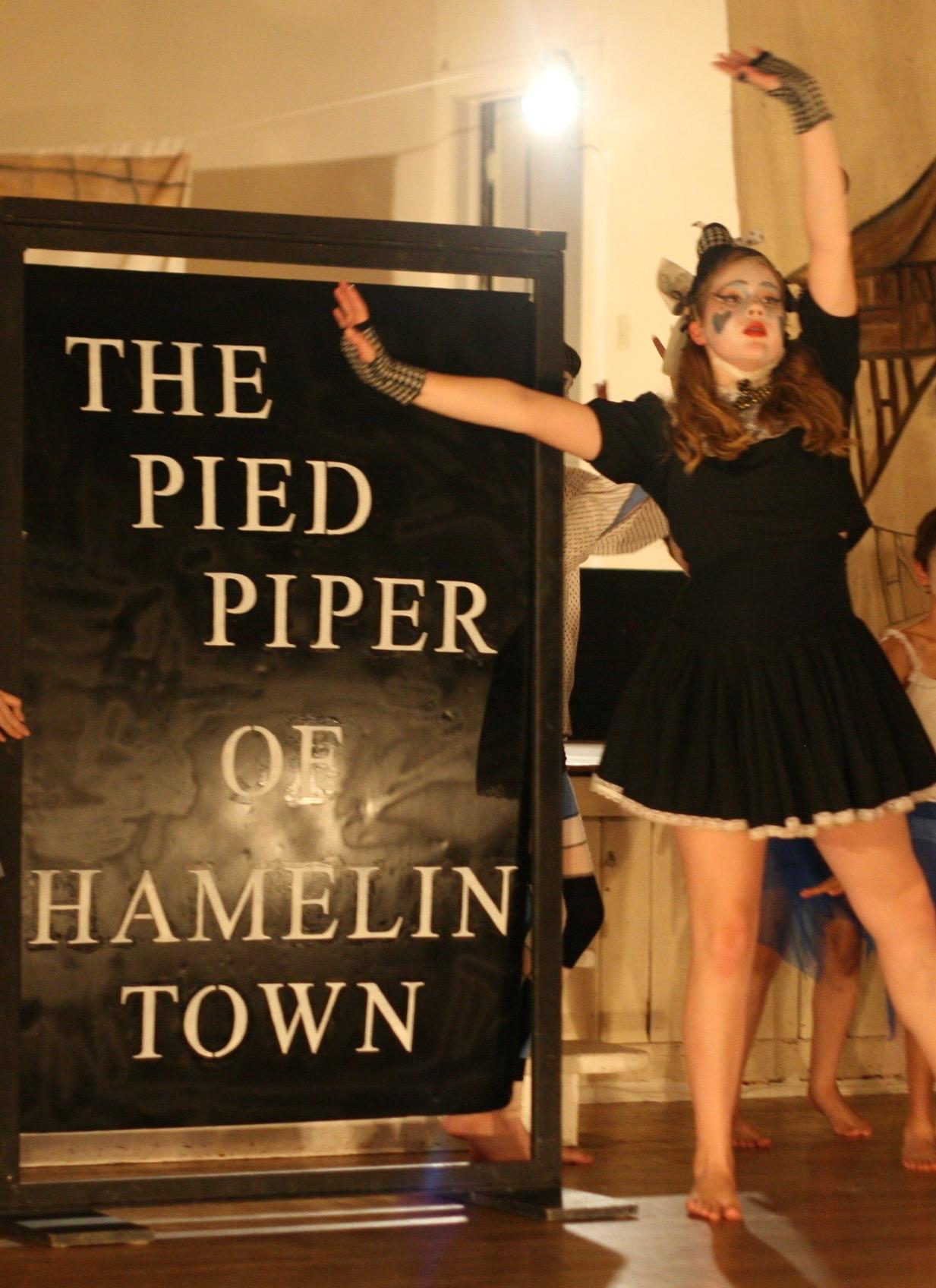 Hamelin Town #3.jpg