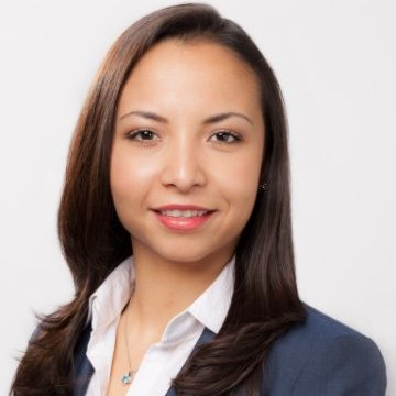 Cynthia Morales, Assurance Senior, Ernst & Young