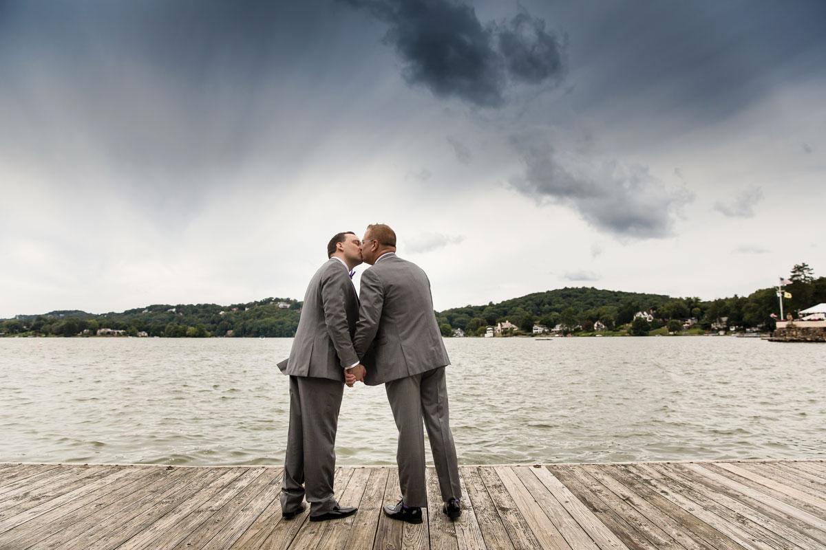 02-lake-mohawk-country-club-weddings-gallery-©-Anthony-Ziccardi-Studios.jpg