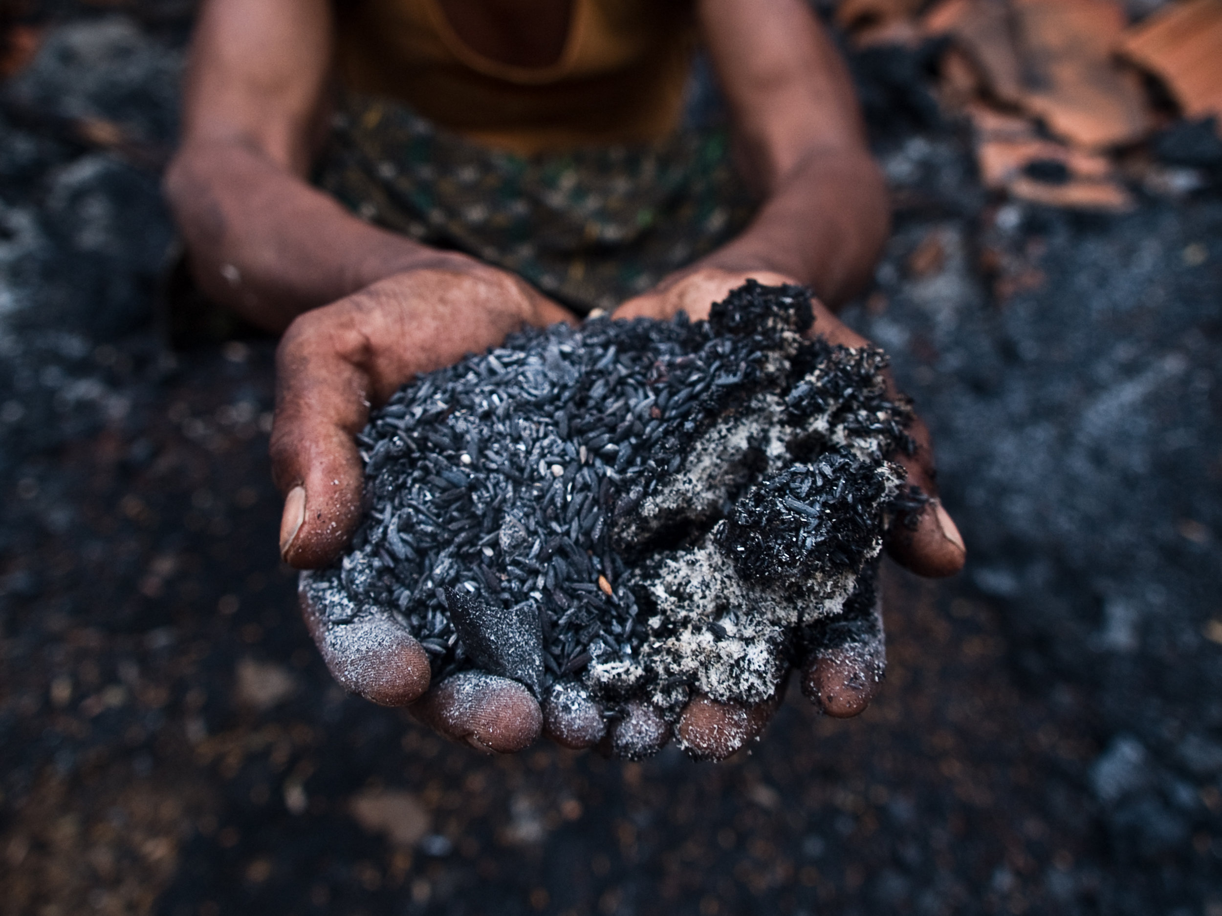 Z10iii Adivasis who were beaten by the police and whose villages were burnt 3.jpg