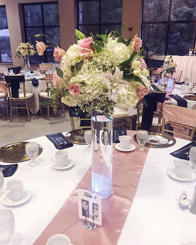 Yesterday wedding vibes #michiganwedding #michiganweddings #michiganweddingflorist