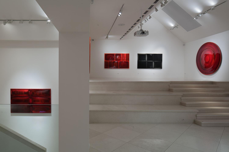 Houser_Galerie_Zavodny3.JPG