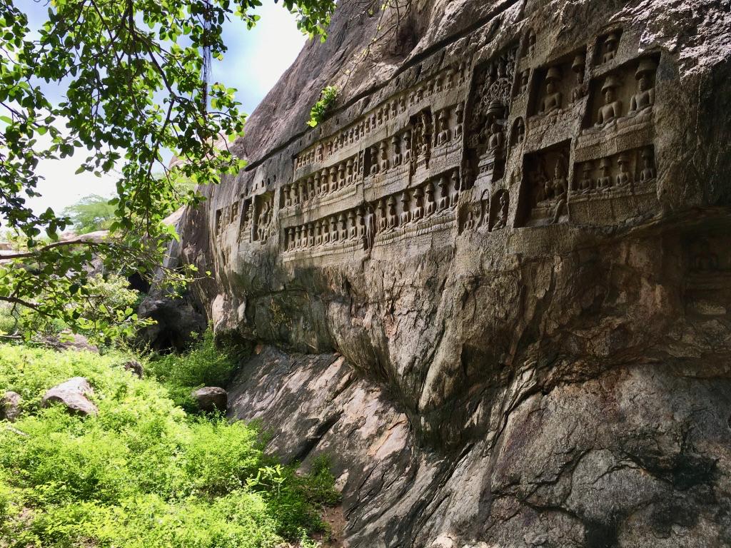 Jain Settlements, Kazhugumalai