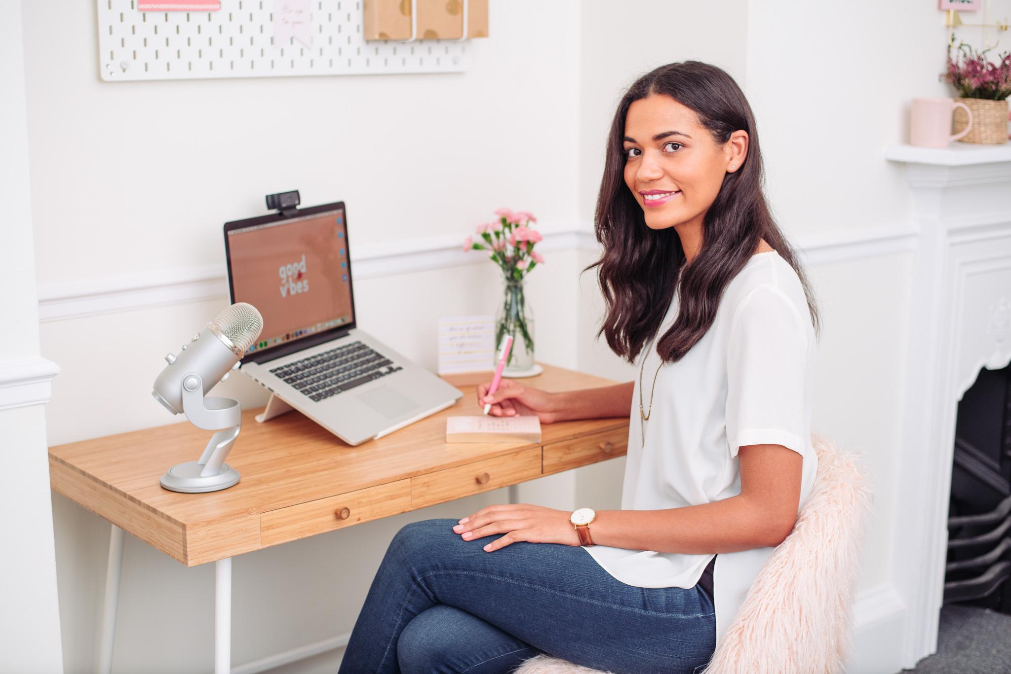Nesha-Woolery-Business-Mentor-Designers-Web-71.jpg