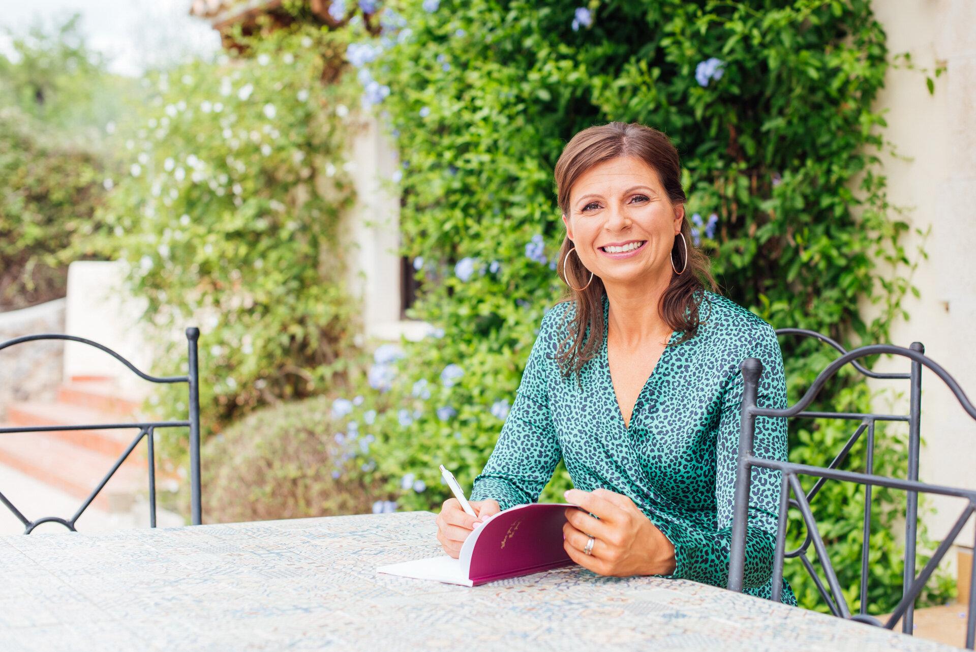 Bristol-Hypnotherapist-Melanie-Gillespie-Hypnotherapy-Web-34.jpg