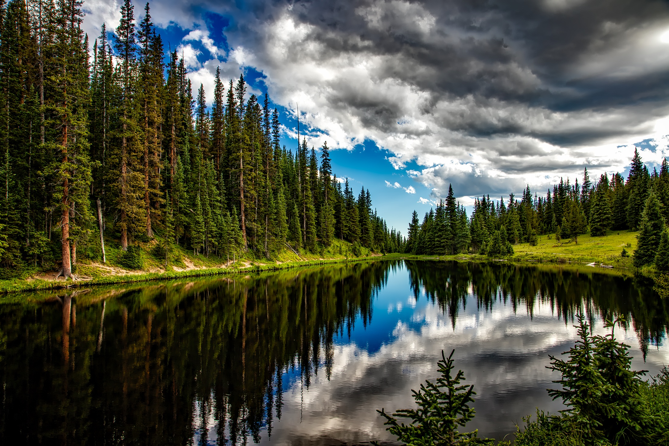 Lolo National Forest - The Lolo National Forest is located in western Montana, surrounds Missoula, MT and is comprised of 2,111,223 acres.