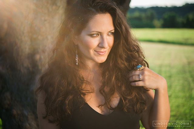 Tonight, May 16th come listen to Grammy nominated Nicole Zuraitis at Behringer-Crawford Museum in Devou Park. People arriving on bikes get in free! Doors at 6, music at 7. Food and Beer for purchase. http://www.nicolezmusic.com/