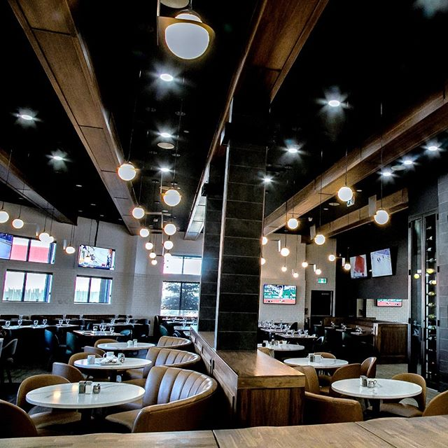 What's your favourite spot at Prime Social Kitchen? Comfy leather seats and round tables? A stool at the bar? Or the long table with all your friends? Any way you like it, we have a seat for you! Reserve yours on OpenTable. - - - - #bestseat #longtable #datenight #fortmac #fortmacbar #barbecue #foodanddrink #cocktailhour #ymm #ymmlocal #discoveralberta
