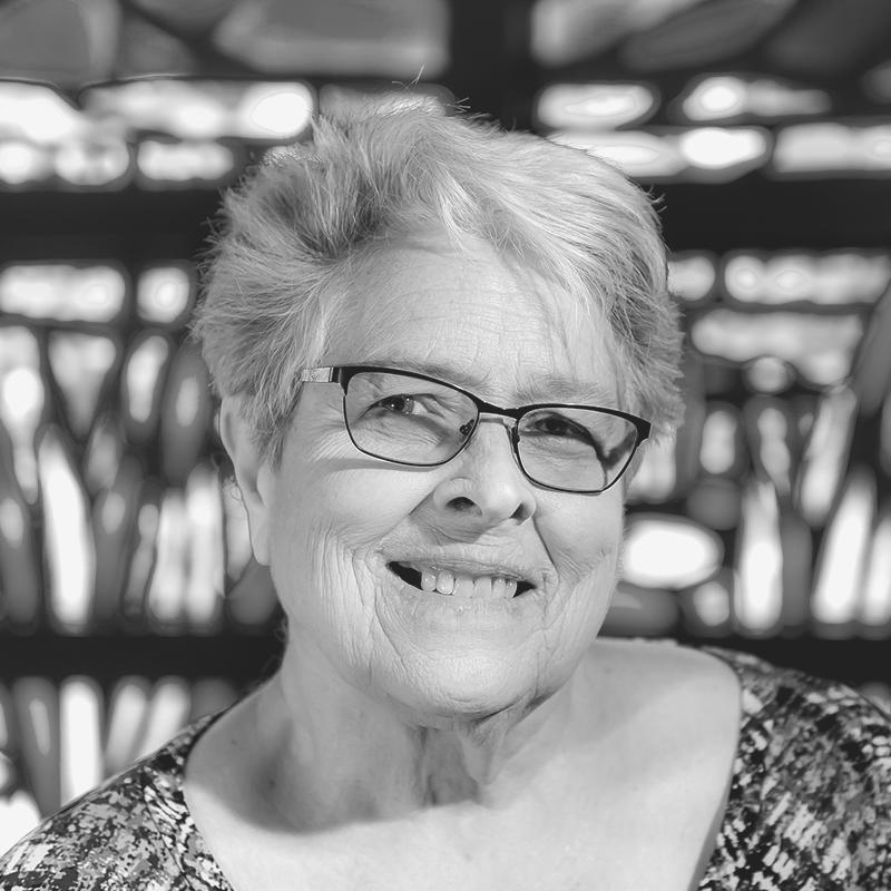 Dr. Bonnie Hedlund