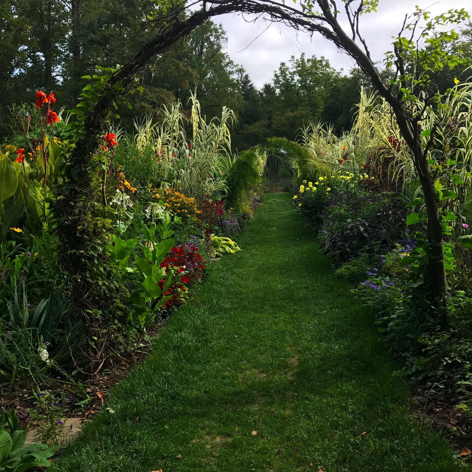 garden women walk and talk therapy malvern pa