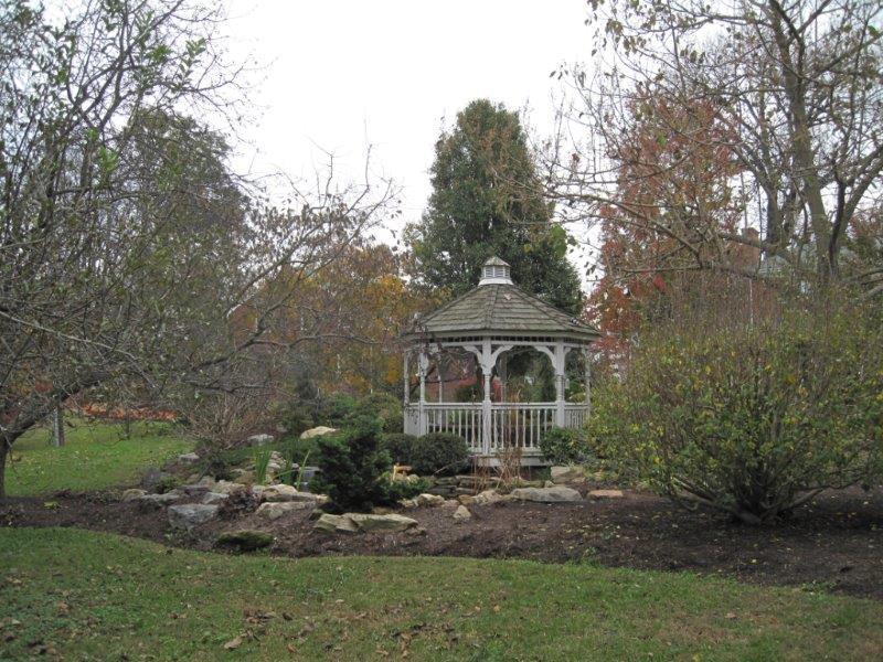 Diamond Hill grounds 2.jpg
