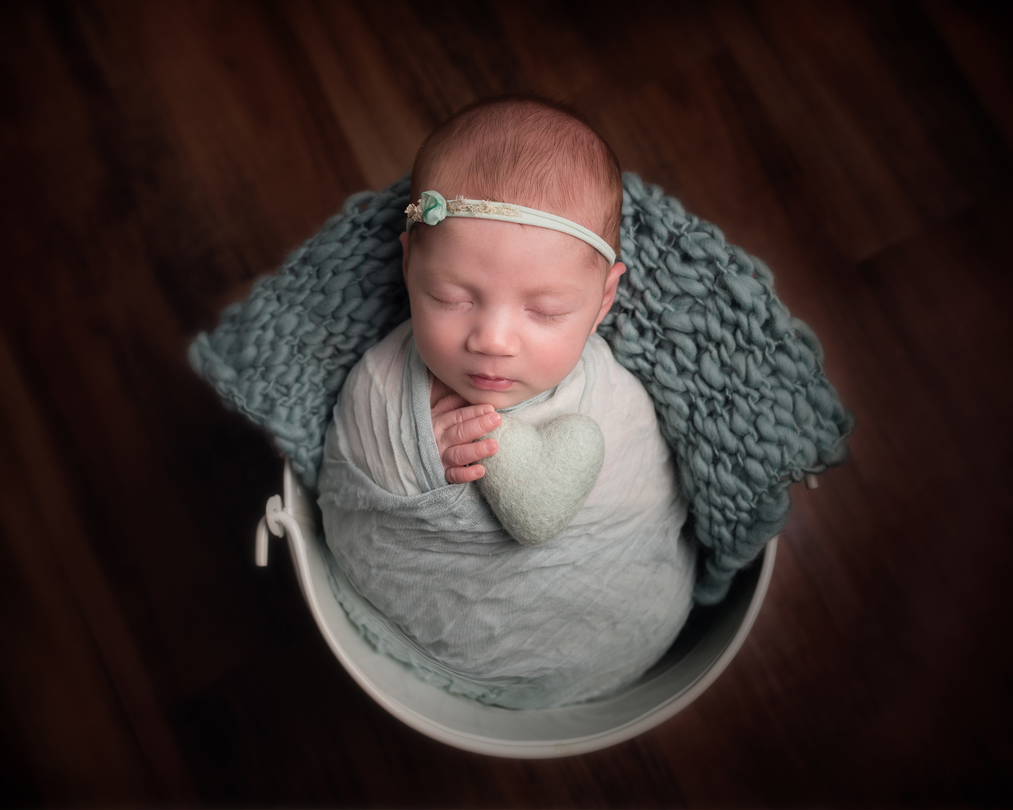 Newborn baby photographer Clitheroe Lancashire, covering Burnley and Blackburn for baby photos