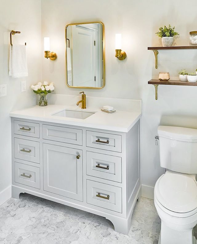 Major kudos to our designer 👩🏼💻 for somehow making a bathroom look so heavenly!  #bathroomdesign #bathroom #bathroomremodel #bathroomvanity #bathroomgoals #satinbrass #interiordesign #designinspiration #designinspo #designideas #designbuild #sanctuary