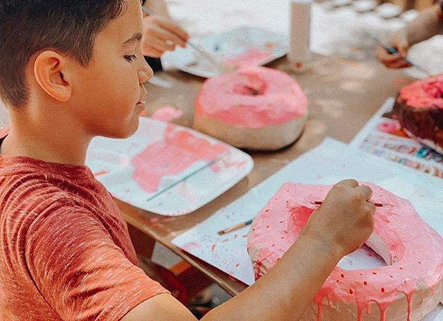 "Art Camp Week 6 ""The Starving Artist"" included 3-D donut sculptures and edible color wheels! Such a fun week with an creative & edible twist 🍩🍭Week 7- ""The Inspirational Artist"" - Here we come! ✨🎨💫"