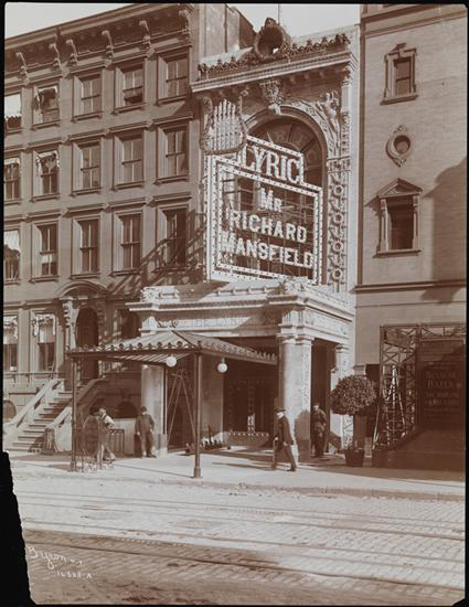 Historical photo of the original exterior of the Lyric Theatre, which was combined with the adjacent Apollo Theatre. Credit: New York Historical Society