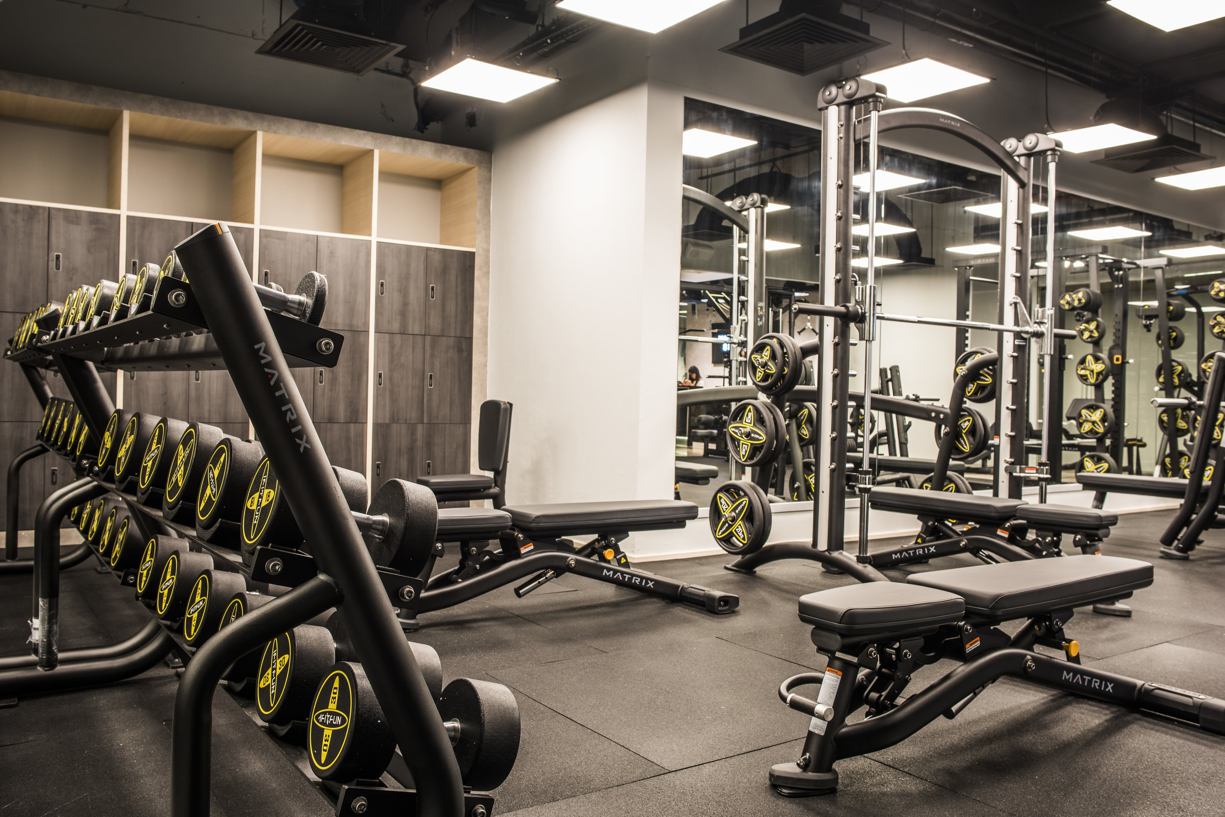 Platinum Fitness - Interior Image 4.jpg