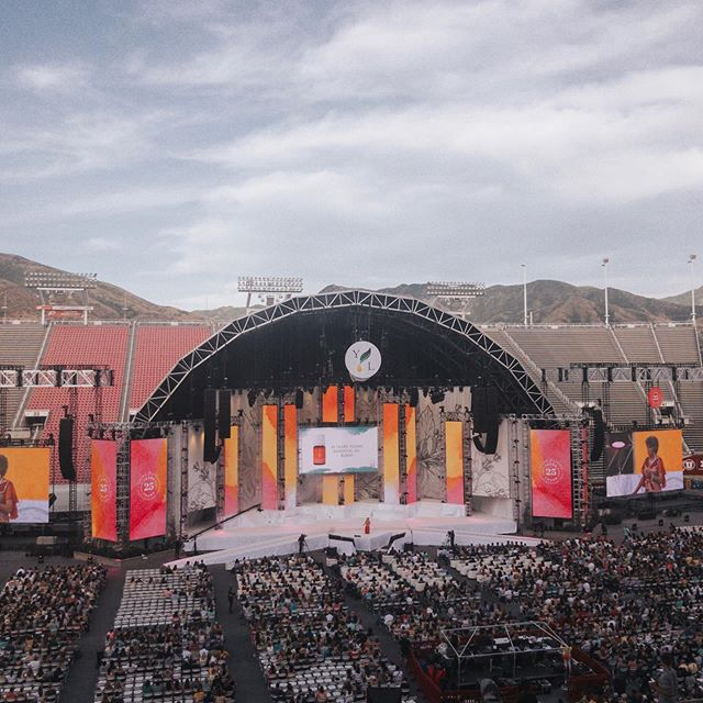 Young Living convention 2019...we are only in day 1 and there is so much to take in...come with me next year!