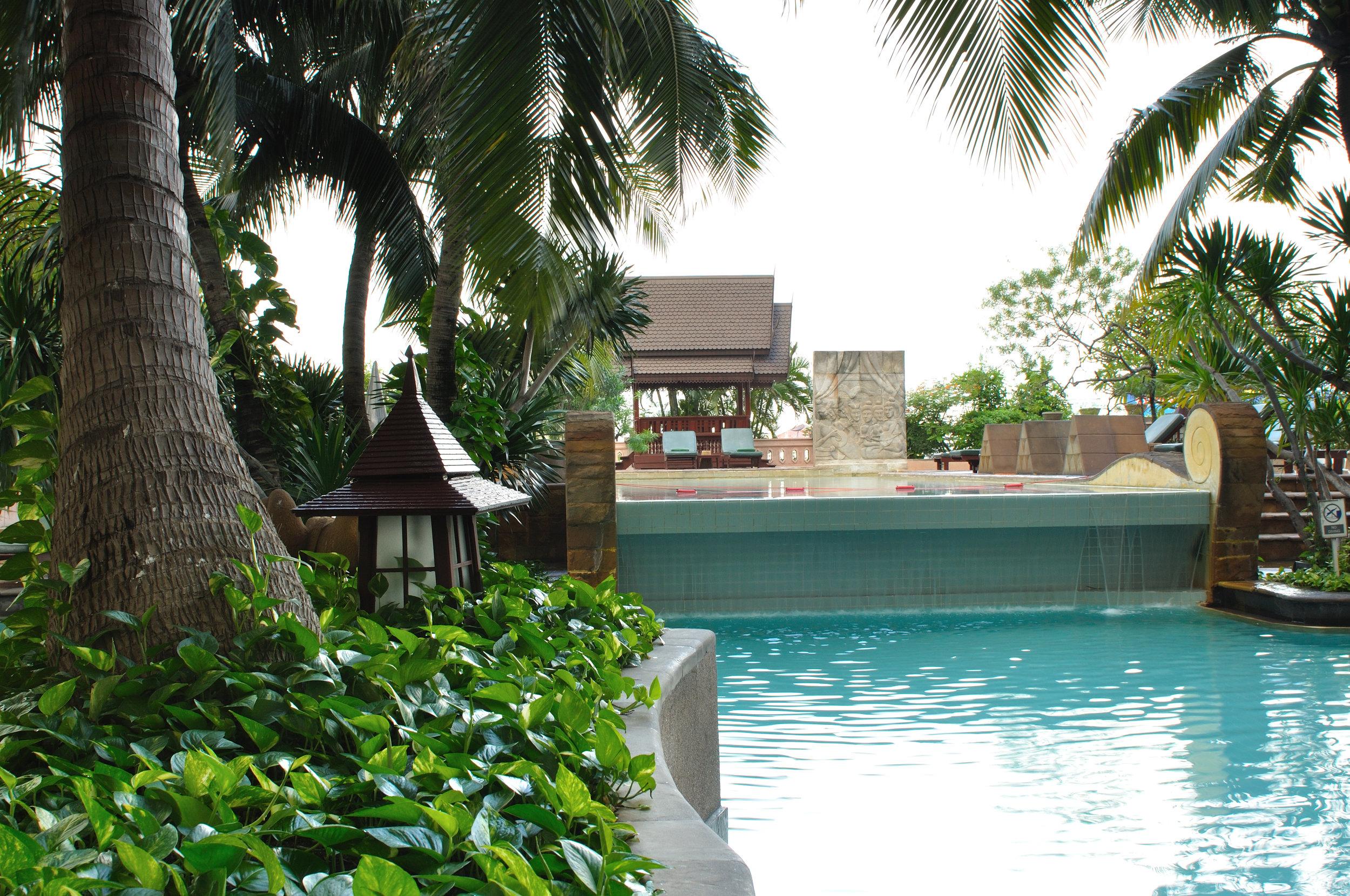 Century park hotel bangkok   BANGKOK    Images / Fact sheet / VIdEo