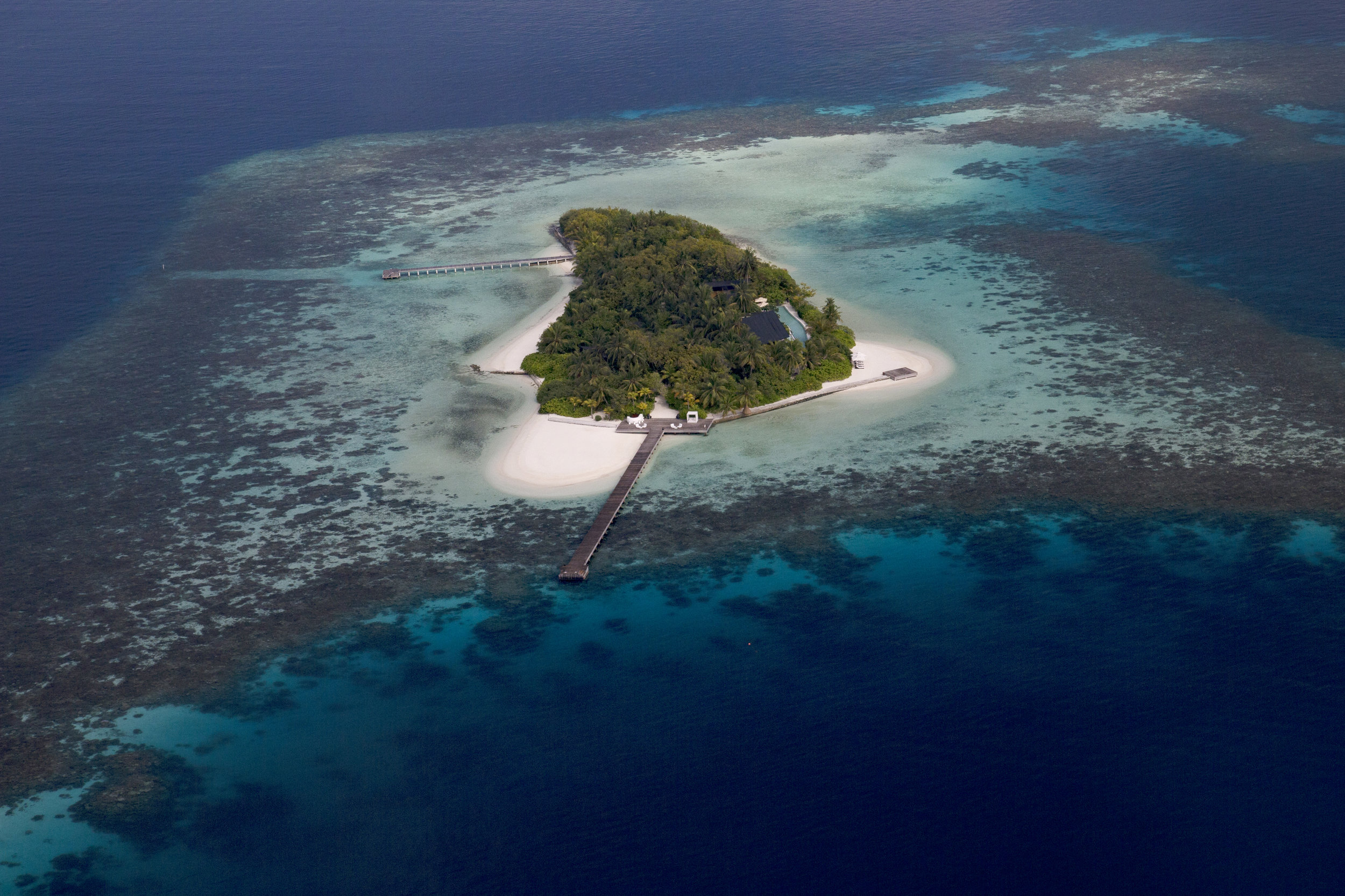 COCO Prive   Maldives    Images / Fact sheet / Video