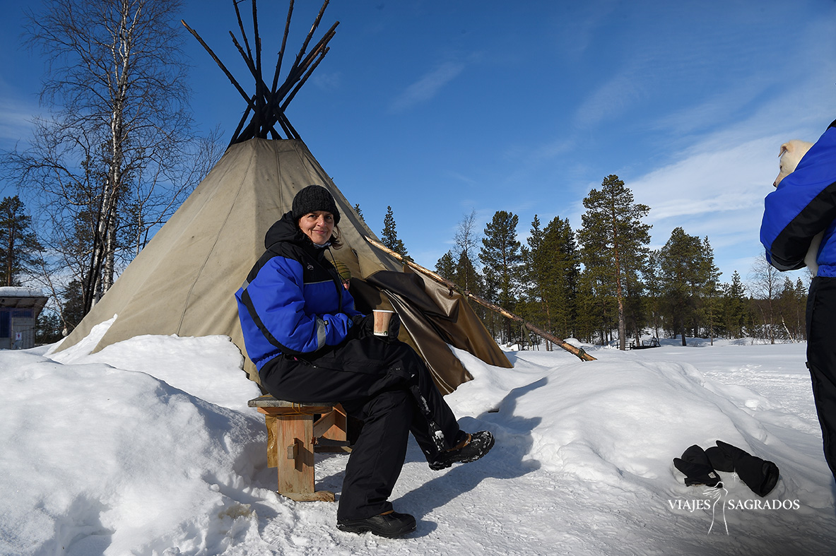 nieve en laponia viajes sagrados